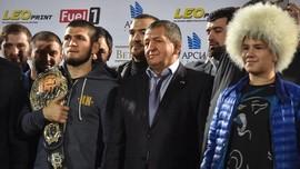 Abdulmanap Meninggal, Sepupu Khabib Tunda Debut UFC