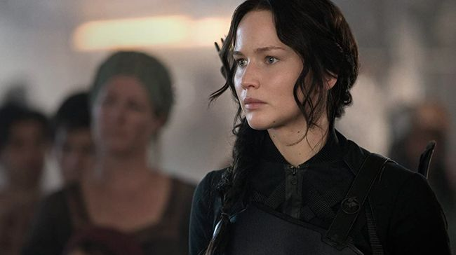 Aksi pertarungan sengit Jennifer Lawrence dalam melawan tirani akan meramaikan tayangan bioskop Trans TV yang akan tayang Jumat (20/11) malam.