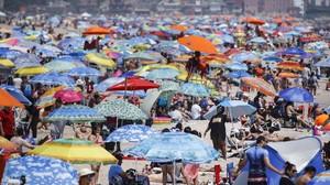 FOTO: Libur Akhir Pekan Warga AS di Tengah Pandemi Corona
