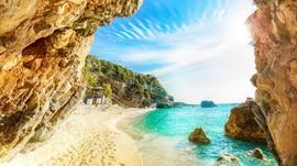 Pulau-pulau Surgawi di Yunani Kembali Terima Turis