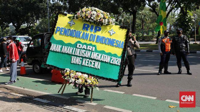 Komisioner KPAI mengatakan jumlah aduan atas PPDB 2020 di DKI Jakarta mencapai 200 atau 89 persen dari total aduan yang masuk ke pihaknya.