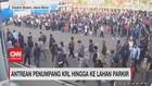VIDEO: Antrean Penumpang KRL Hingga ke Lahan Parkir