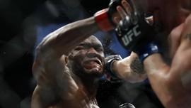 UFC 251: Jurus Injakan Kaki Usman dan Senyum Masvidal