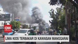 VIDEO: Lima Kios Terbakar di Kawasan Manggarai