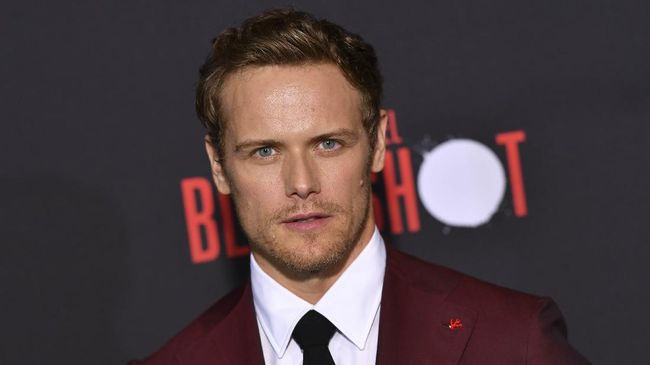 Scottish actor Sam Heughan arrives for the premiere of Sony's