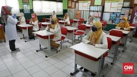 Sekolah Zona Hijau Jabar Dibuka 2 Pekan Lagi, Guru Wajib Swab