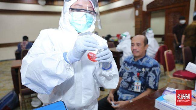 Tes swab massal di Pemkot Semarang