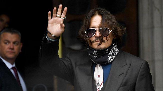 Pengadilan Tinggi Inggris menolak pengajuan banding Johnny Depp atas kasus pencemaran nama baik terkait pemberitaan media yang menyebutnya pemukul istri.