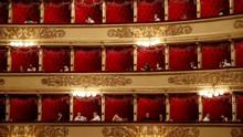 FOTO: Usai Tutup 4 Bulan, Teater Opera di Italia Kembali Buka