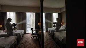 FOTO: Bersih-bersih Demi Nyenyak Tamu di Hotel