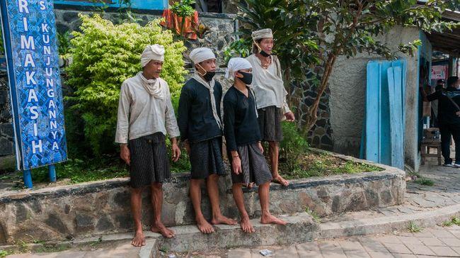 Sejak beberapa hari yang lalu ramai pemberitaan kalau belum ditemukan kasus virus Corona di pemukiman Suku Baduy.