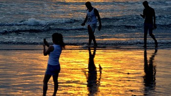 Netizen Riuh Bule Ajak Tinggal di Bali, Colek Ditjen Imigrasi