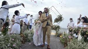 FOTO: Simulasi Resepsi Pernikahan ala 'New Normal'