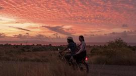 Humba Dreams, Tempat Afdruk Foto, dan Warga Lokal Sumba