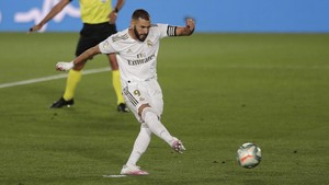FOTO: Madrid Kian Dekat dengan Gelar Juara