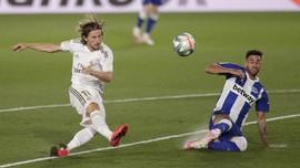 Tottenham Bikin Modric Batal Pindah ke Chelsea