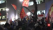 VIDEO: Raih 10 Kursi, Partai Buruh Singapura Berpesta