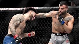 Petarung Pingsan di UFC 251 karena Anaconda Choke