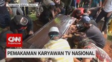 VIDEO: Suasana Duka Pemakaman Karyawan TV Nasional