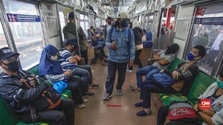 VIDEO: Rekor Baru Corona, Anies Waspadai Transportasi-Pasar