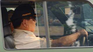 Prabowo dan Menhan AS Bahas Kerja Sama Militer via Telepon