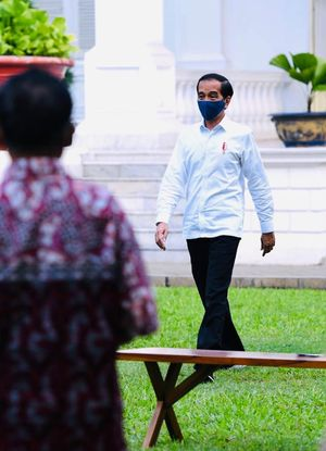 Jokowi Akan Keliling Indonesia, Bawa Bansos!