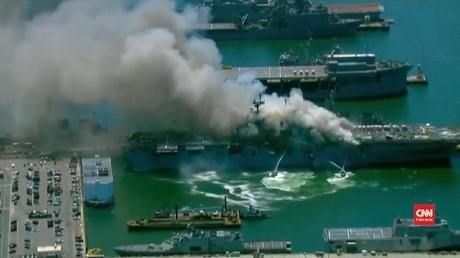 VIDEO: Detik-detik Pascaledakan Kapal Perang AS