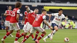 Lini Belakang Rapuh, Arsenal Menderita di Markas Tottenham