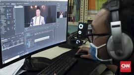 Wisuda Virtual: Tangis Siswa Madrasah Berpisah via Gawai
