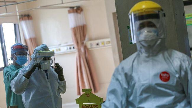 Pelaksanaan vaksinasi bagi tenaga kesehatan di Lampung masih menunggu informasi lebih lanjut dari pemerintah pusat.