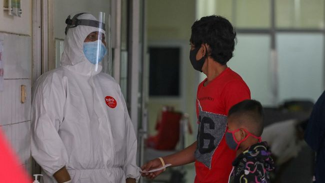 Sejumlah rumah sakit di Kabupaten Kudus meningkatkan jumlah tempat tidur untuk perawatan pasien Covid-19 baik di ruang isolasi maupun di ICU.