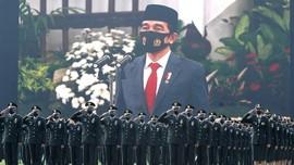 HUT ke-75 TNI, Jokowi Beri Bintang Jasa untuk Tiga Prajurit