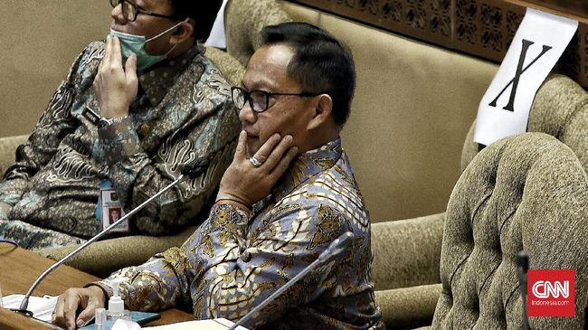 PKB dan Nasdem merespons usulan Mendagri Tito Karnavian yang akan memundurkan pemilu 2024.