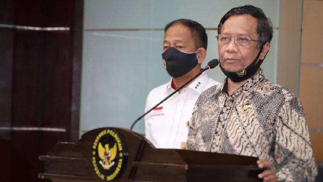 Menko Polhukam Mahfud MD mengungkap ada komando dari laskar FPI yang sengaja menunggu polisi dalam peristiwa bentrok di Tol Cikampek.