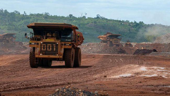 Greenpeace Indonesia menyatakan upaya pemerintah menggenjot industri mobil listrik tidak bebas dari ancaman lingkungan.