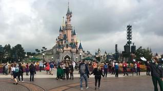 Disneyland Paris Dibuka, Parade Geng Mickey Belum Digelar