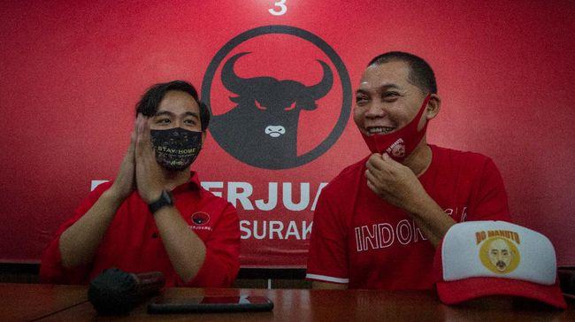 Politikus PKS Solo, Sugeng Riyanto mengaku mendapat laporan dari warga bahwa ada pihak-pihak yang membantu meloloskan pasangan Bajo dari jalur independen.