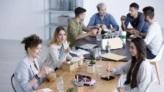 Cara Siasati Makan di Kantor, Bantu Turunkan Berat Badan