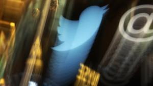 Cuit Polisi Diganti Satpam Bank, Pengguna Twitter Diteror