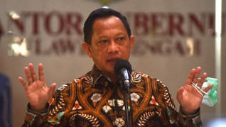 Mendagri Tito Sebut Ekonomi RI Sudah Minus 4 Persen