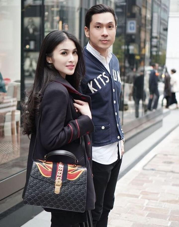 Pernikahan Sandra Dewi dengan Harvey Moeis digelar pada 8 November 2016 lalu di Cinderella Castle, Tokyo Disneyland, Jepang. (Foto: Instagram @sandradewi88)