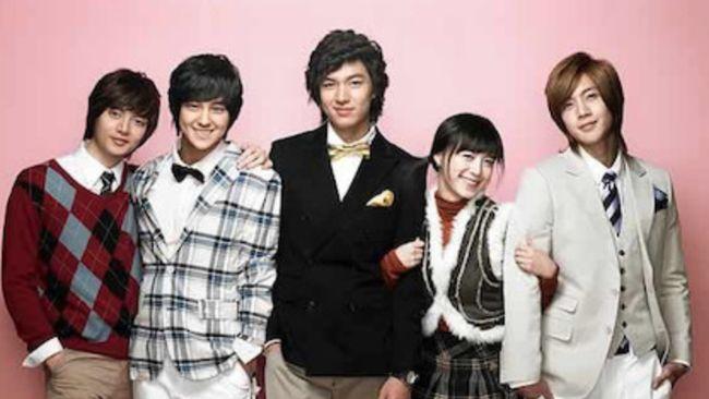 5 drama Korea jadul komedi romantis terbaik ini dapat membangkitkan nostalgia Anda pada awal tahun 2000-an.