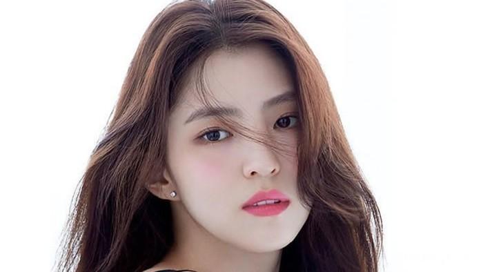Han So Hee Minta Maaf Atas Kasus Penipuan yang Dilakukan Sang Ibu