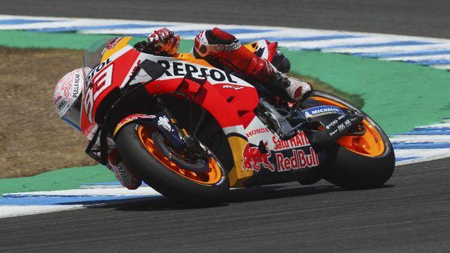 Marc Marquez bikin heboh netizen usai berhasil menempati posisi ketiga di FP1 MotoGP Portugal, Jumat (16/4).
