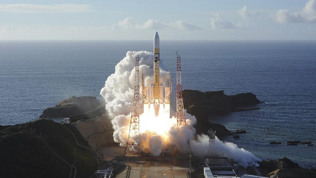 In this photo released by MHI, an H-IIA rocket with United Arab Emirates' Mars orbiter Hope lifts off from Tanegashima Space Center in Kagoshima, southern Japan Monday, July 20, 2020. A United Arab Emirates spacecraft rocketed away Monday on a seven-month journey to Mars, kicking off the Arab world's first interplanetary mission. (MHI via AP)