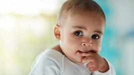 5 Cara Agar Anak Tak Lagi Mengisap Jari