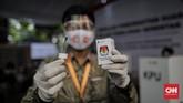 Komisi Pemilihan Umum menggelar simulasi pencoblosan Pilkada serentak 2020 saat pandemi belum berakhir. Sejumlah protokol kesehatan diterapkan.