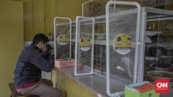 Aturan Baru PPKM: Jokowi Izinkan Makan di Warteg 20 Menit