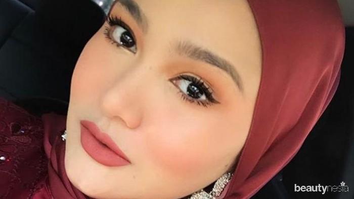 Cara Terapkan Makeup Pastel Biar Tampak Awet Muda