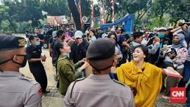 Pekerja Seni Demo Desak Anies Buka Tempat Hiburan Malam